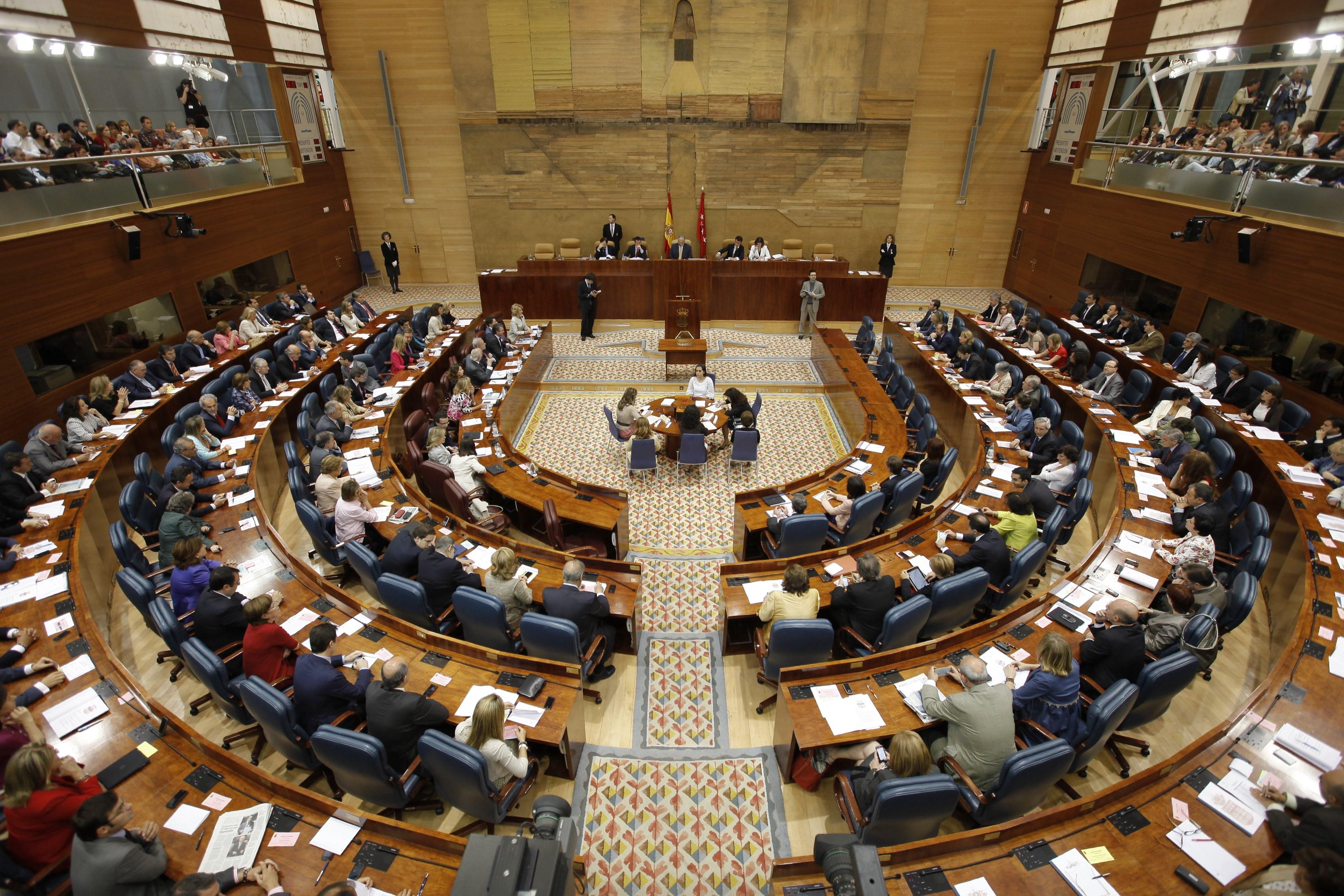 PantallasAmigas compareció en la Asamblea de Madrid para ofrecer sus reflexiones en torno al ciberacoso.