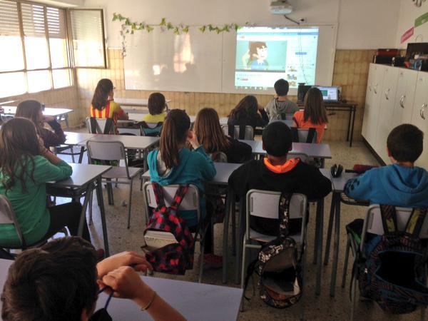 niñas-niños-menores- Cataluña-centros-escolares-vida-privada-en-Internet-Pantallas-Amigas