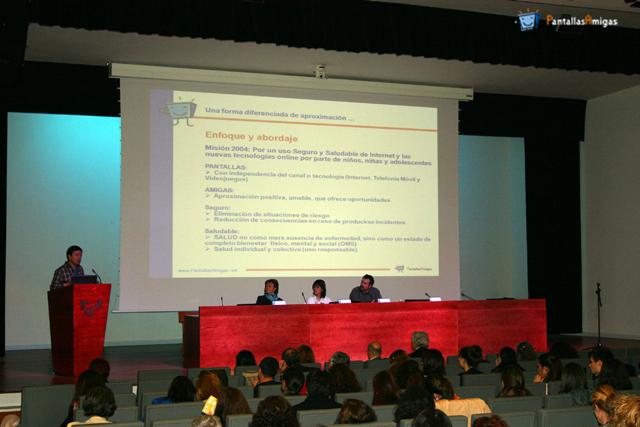 Jorge_Flores_curso_ciberviolencia_cursos_de_verano