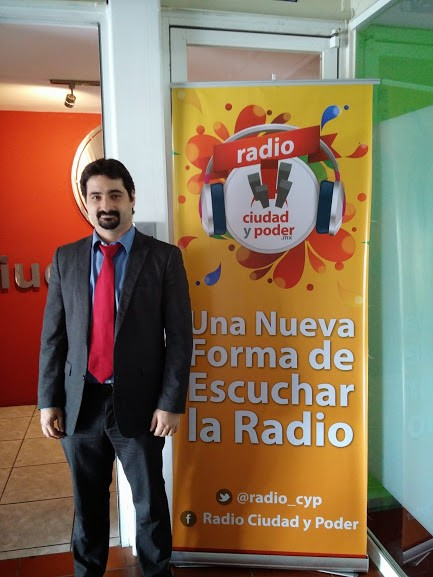 Durante la intervención de PantallasAmigas en la emisora Ciudad y Poder