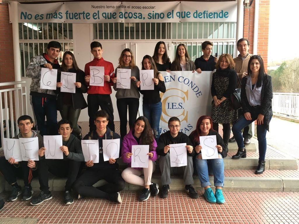 Alumnado-IES-Carmen-Conde-Madrid-Cibermentores-Pantallasamigas
